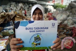 OMZET BANK SAMPAH MAKASSAR