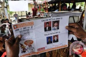 Gubernur : Pemilihan Ketua RT-RW  Serentak Bagian Pembelajaran Politik