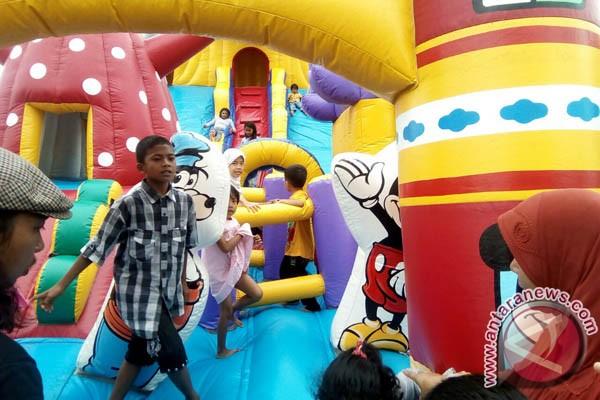 Ratusan Anak Ramaikan `Datsun Karnaval` Di Losari
