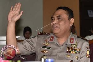 Wakapolri Kunjungi Ruang Kendali Polrestabes Makassar