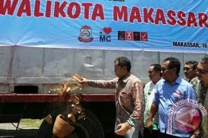 Makassar Kirim 20 Ton Ikan Beku