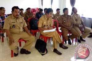 Pemkab Sinjai Rapat Evaluasi Peraturan Desa