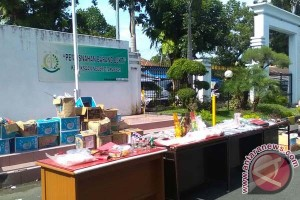 Kejari Makassar Musnahkan Narkoba 1,8 Kg