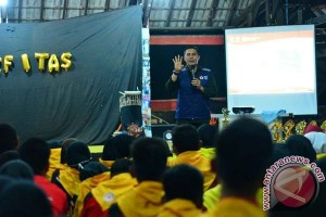 Ketua PMI Makassar Bakar Semangat Peserta Kepalangmerahan
