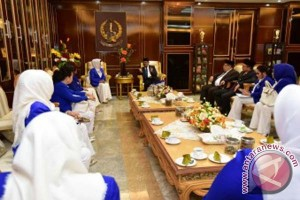 Gubernur Sarankan Rakernas Iwapi Promosikan Pariwisata Sulsel