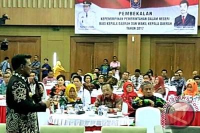 Syahrul Dipercaya Kemendagri Bekali 74 Kepala Daerah