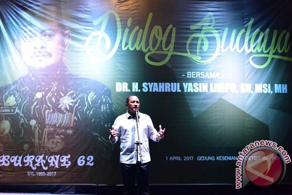 Pangdam Persembahkan Puisi Ultah Gubernur Sulsel