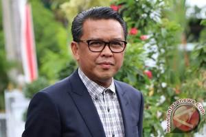 Bupati Bantaeng Serahkan 75 SK PNS