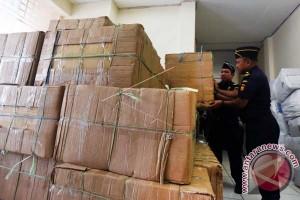 Bea Cukai Sulawesi Tangkap Jutaan Rokok Ilegal