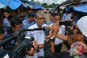 Sekda Sidak Pasar Sentral Sinjai Jelang Ramadhan
