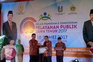 Pemkab Sinjai Raih Penghargaan Pelayanan Publik