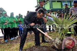 Korem Tatag Sulbar Tanam 3.352 Pohon Lontara