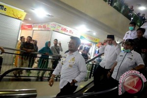 Wawali Makassar Tinjau Kebakaran Pusat Grosir Butung