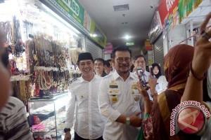 Gubernur Sulsel Tinjau Pasar Grosir Butung Pascakebakaran