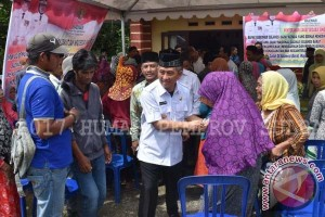 Baznas Sulbar Bagikan Zakat Paket Sembako