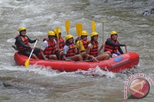 SYL populerkan arung jeram jembatan layang Camba