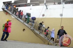Arus Balik Pelabuhan Makassar Meningkat Lima Persen