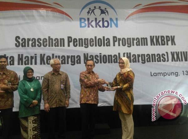 Klinik PT Mamuang Raih Juara Lomba KB