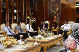 Gubernur Sulsel Ingin Festival Syariah Dikolaborasikan 3M+1B