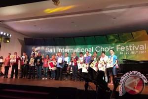 Paduan Suara UMI Raih Medali Emas BICF