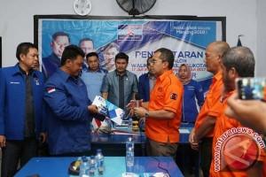 Wali Kota Kembalikan Formulir Setelah Wawali