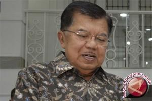 Wapres ke Palangkaraya dan Makassar