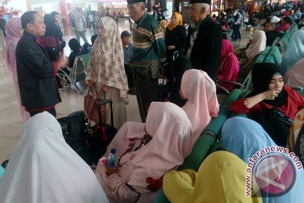 Imigrasi Gagalkan Pemberangkatan 46 Calon Haji Ilegal