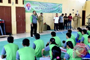Kemenpora Tes Kondisi Atlet Sulawesi Selatan