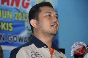 Mantan Ketua PBSI Bantaeng Tantang Devo Khaddafi