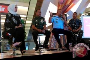Peringati Kemerdekaan Alutsista TNI Dipamerkan Di TSM