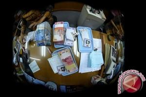 Rupiah Jumat Pagi Menguat Jadi Rp13.354 Per Dolar