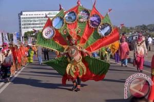 Sinjai Ikut Karnaval Budaya Di Pantai Losari