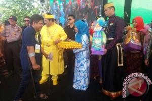 Kesultanan Hasanuddin Malaysia Santuni 400 Difabel Gowa