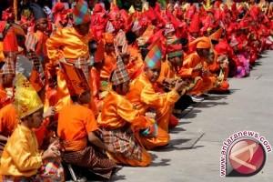 1.700 Penari Pelajar Pukau Pengunjung F8 Makassar
