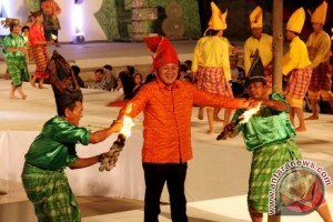 MAKASSAR INTERNATIONAL EIGHT FESTIVAL AND FORUM