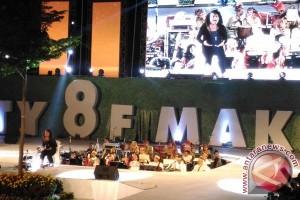 Daniel Sahuleka Hipnotis Pengunjung F8 Makassar