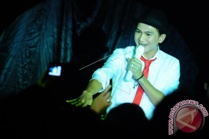 Anji Pukau Ratusan Ribu Penonton F8 Makassar