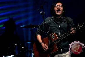 Ari Lasso Bangga Jadi Penutup F8 Makassar