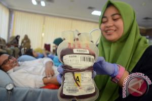 PMI Kumpulkan Kantong Darah Di DPRD Sulsel