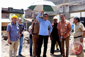Bupati Bantaeng Tinjau Pembangunan Pabrik Pengolahan Kopi