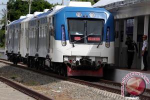 Peluncuran Awal Trans Sulawesi Gunakan Kereta Aceh