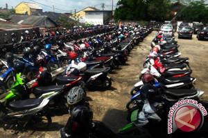Perusda Parkir Makassar-Latanete Plaza mou parkir online