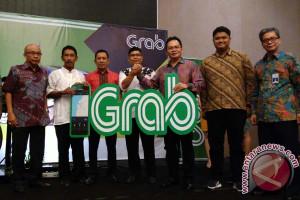 Grab Gandeng Transportasi Taksi Reguler Di Makassar