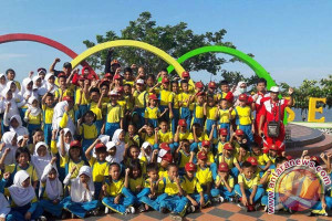 Pelajar SD Bantaeng Kampanye Bersepeda Ke Sekolah