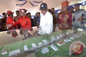Gubernur Minta Menteri Tambah Pembangunan Jalan Tol