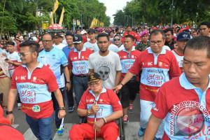 410 Tenaga Honorer Pemkot Makassar Terima Zakat