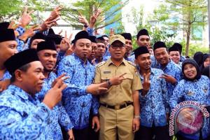 386 ASN Makassar Diambil Sumpahnya