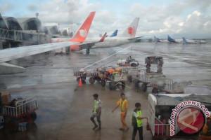 Tingkat penerbangan di Sulbar alami penurunan