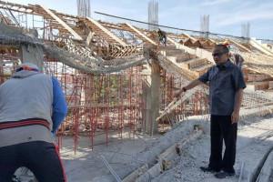Konstruksi Bangunan Stadion Barombong Rubuh Diusut