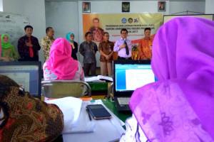 Rektor UNM Pantau Kesiapan Peserta PLPG
